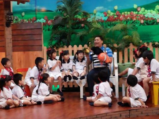 Pertunjukan anak didik di DAAI TV